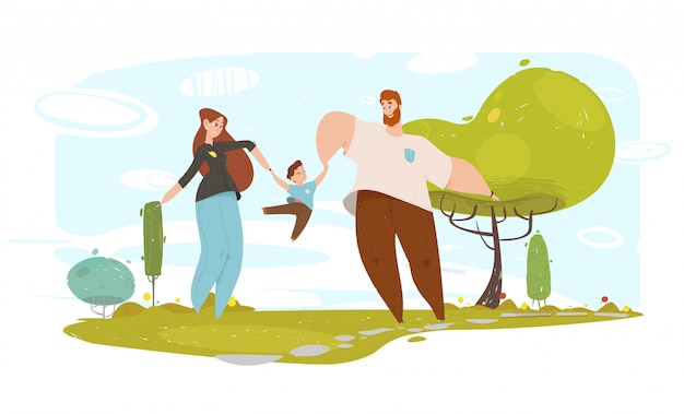 幸せな父と母が庭で息子と遊んで