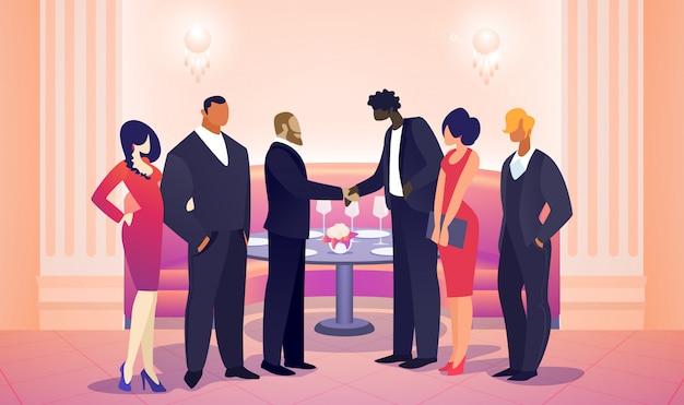 Лидеры команды бизнесменов встречаются для успешной сделки.