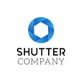 カメラのシャッターのシンボル。ロゴデザインベクトルテンプレート。ロゴの抽象的な渦巻円記号。