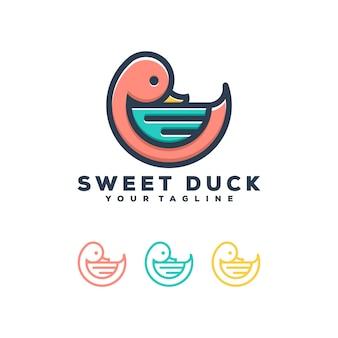 甘いアヒルのロゴデザイン。