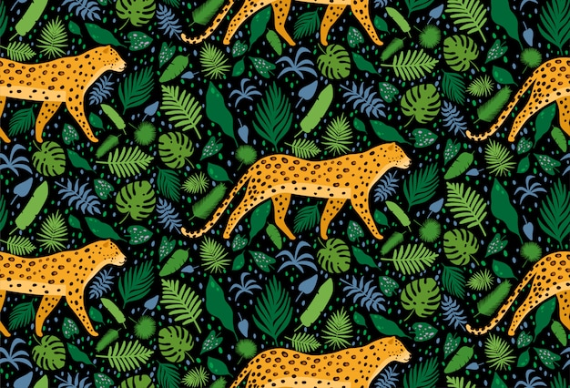 熱帯のヤシの葉に囲まれたヒョウ