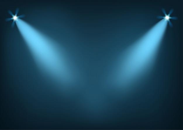 Освещенная сцена с яркими огнями