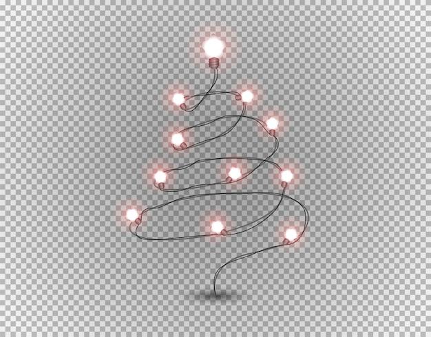 Рождественская елка изолирована на прозрачной