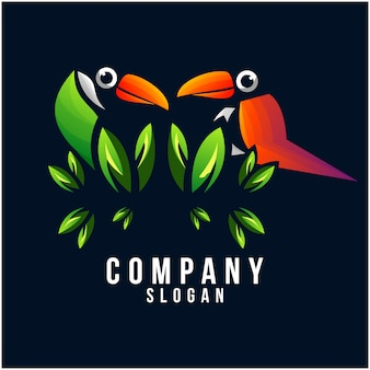 Дизайн логотипа тукан
