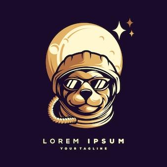 宇宙飛行士のロゴデザインベクトル