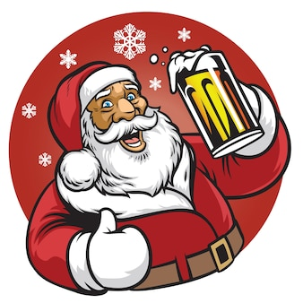 サンタクロースは、ビールのガラスを楽しむ