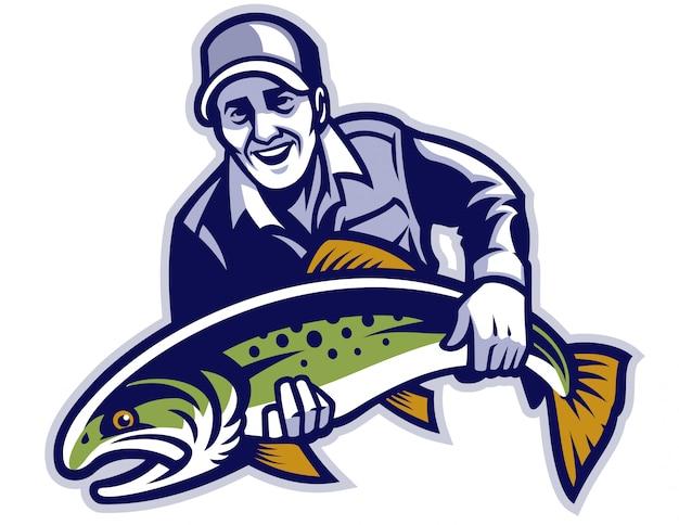 漁師は大きなマスの魚を握る