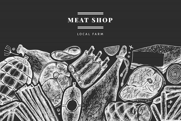 Винтажные мясные продукты. ручной обращается ветчина, колбасы, хамон, специи и травы. ретро иллюстрация на доске мелом. можно использовать для меню ресторана.