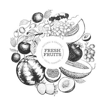 フルーツとベリーのテンプレート。手描きのトロピカルフルーツのイラスト。刻まれたスタイルのフルーツ。レトロなエキゾチックな料理。
