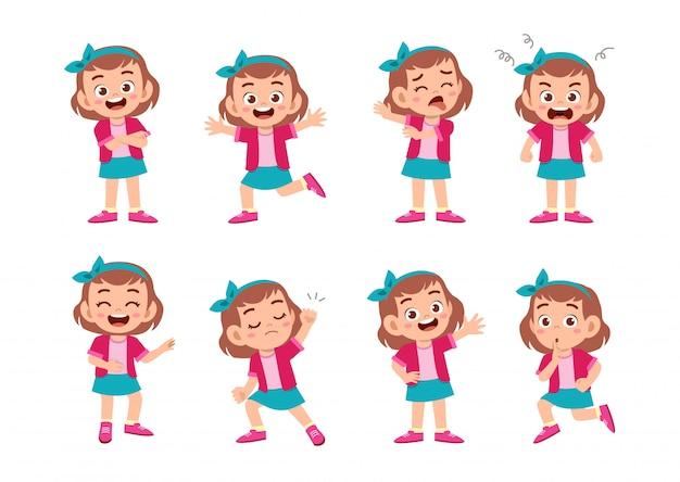 多くのジェスチャー表現を持つかわいい子供
