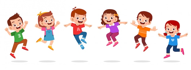 Счастливые милые дети мальчик и девочка прыгать