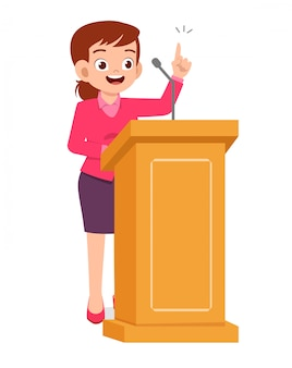 若い女性は表彰台で良いスピーチを与える