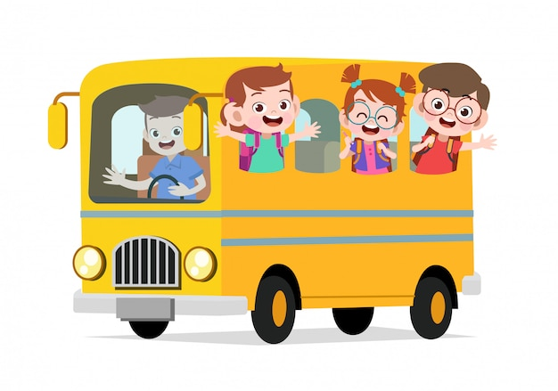 Счастливые милые дети едут на автобусе в школу
