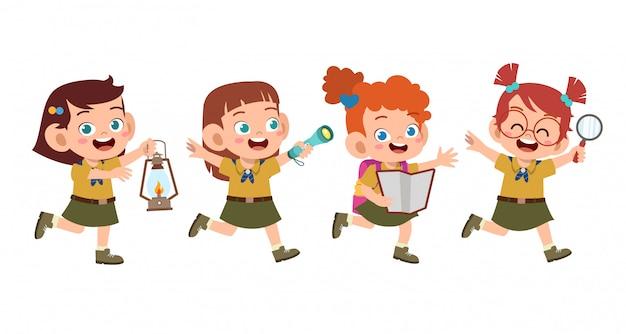 Счастливые милые дети в лагере