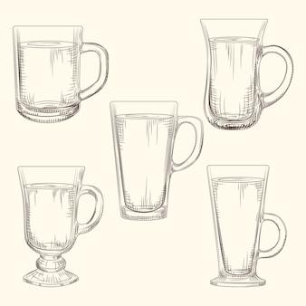 アイリッシュコーヒーマグカップのセット。異なるコーヒーマグ。