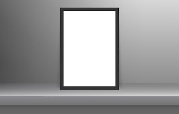 Пустой кадр в пустой белый цвет полки с тенью