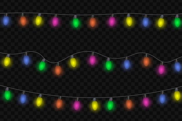 花輪、お祝いデコレーション。輝くクリスマスライト、透明な背景に分離