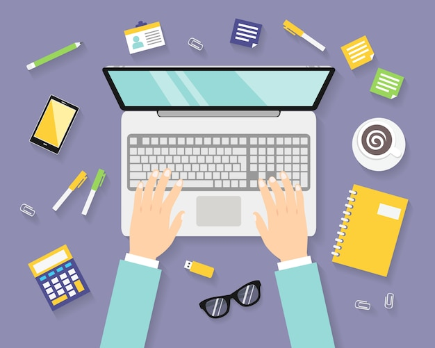 Бизнес на рабочем месте с ноутбуком