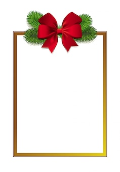写真現実的な緑のクリスマスツリーの枝と赤の美しい弓とエレガントなゴールデンフレーム。冬の季節のご挨拶の長方形の背景。