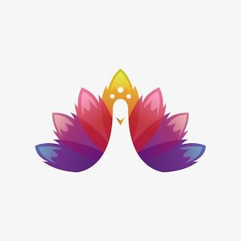 孔雀のモダンなロゴ