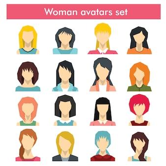 Коллекция красочных плоских пользователей женского аватара разных персонажей и возрастов