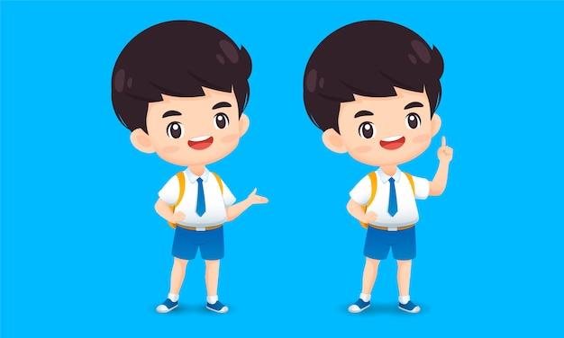 Коллекция милый мальчик персонажа в гостю и указывая позе