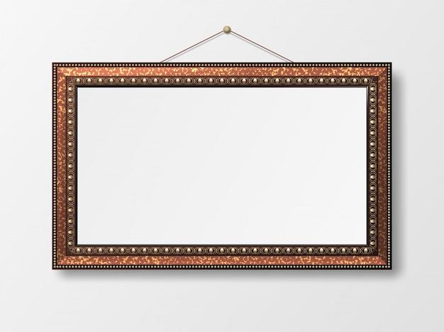 Декоративная винтажная рамка для фотографий.
