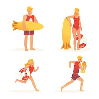 Дежурство различных спасателей на пляже