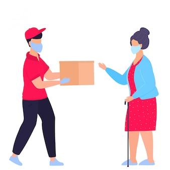 保護用の医療用マスクを持った宅配便業者が小包を祖母のドアまで運びました。注文します。安全な配達。高齢者のために役立ちます。検疫。自己隔離。ボランティア