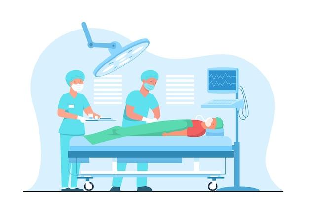 Врач делает экстренную операцию пациенту в операционной.