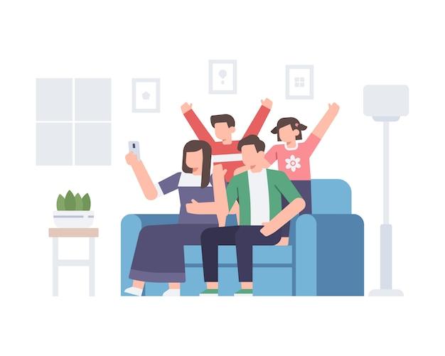 Семья делает селфи вместе дома