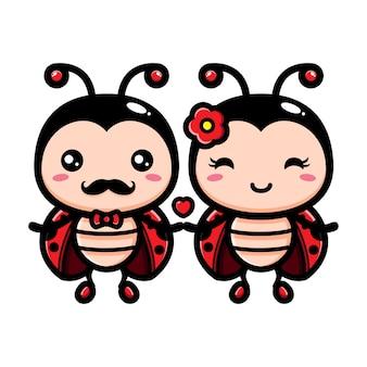 한 쌍의 귀여운 무당 벌레가 서로 사랑