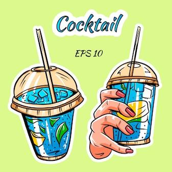 Набор коктейлей. изображение коктейля. коктейль в руке.