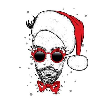 Стильный парень в очках с шипами и в новогодней шапке.