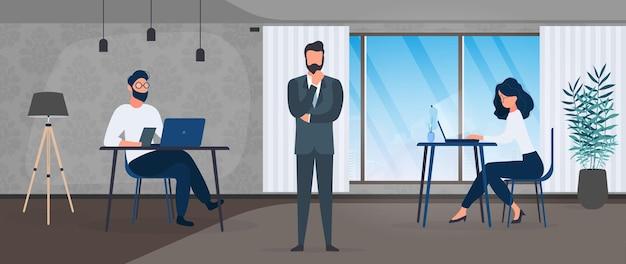 사람들의 팀이 사무실에서 일합니다. 컴퓨터를 하는 여자, 노트북을 하는 남자. 비즈니스 정장에 보스입니다. 사무실. 벡터.