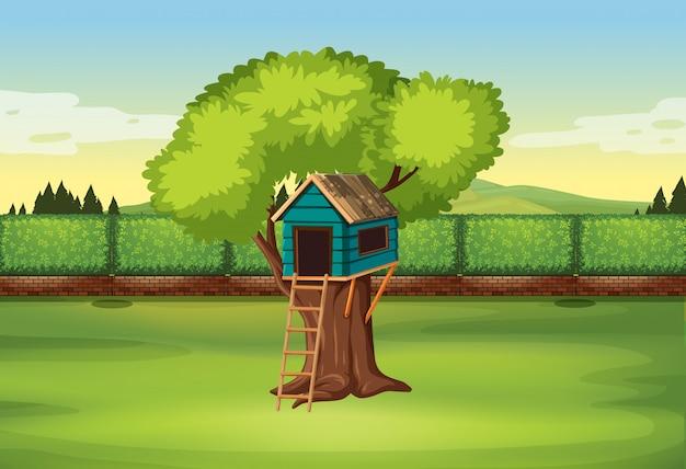 자연의 나무 위의 집