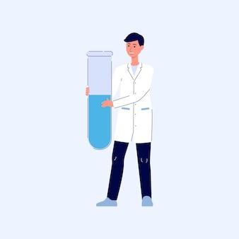 의료 코트에 젊은 웃는 brunet 남자가 서서 테스트 튜브 또는 플라스크를 들고있다. 약사 또는 의료진, 의사 또는 과학자, 테스트 튜브 또는 플라스크, 만화