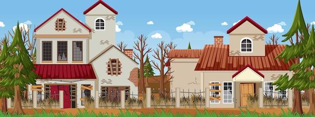 Покинуть пустой рутальный город на фоне старого разбитого дома