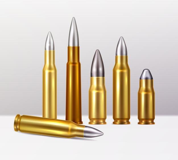 Composizione astratta da proiettili in oro e rame con punte in acciaio