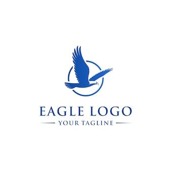 抽象的なワシ飛行ロゴのテンプレート