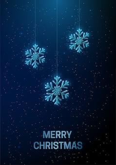 雪片がぶら下がっている抽象的な新年あけましておめでとうございますグリーティングカード。低ポリスタイルのデザイン抽象的な幾何学的な背景ワイヤーフレームライト構造モダンな3dグラフィックコンセプト。孤立