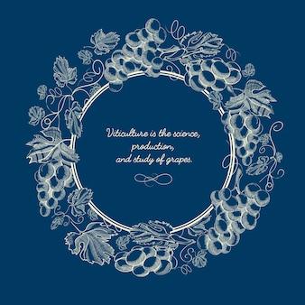 Manifesto dell'annata blu naturale astratto con iscrizione in cornice rotonda e grappoli d'uva nello stile di abbozzo