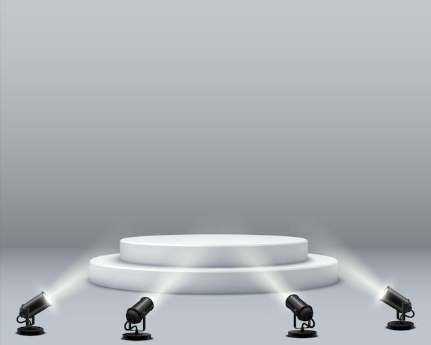 抽象的な表彰台の背景。丸い表彰台とスポットライトを備えたリアルで明るいインテリア。製品のデモンストレーションと製品のプロモーションの段階。リーダーシップと卓越性の象徴