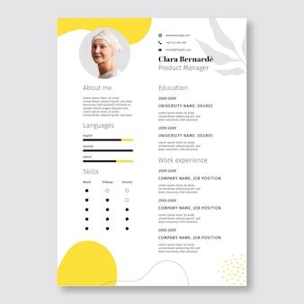 Modello di curriculum astratto semplice clara manager giallo