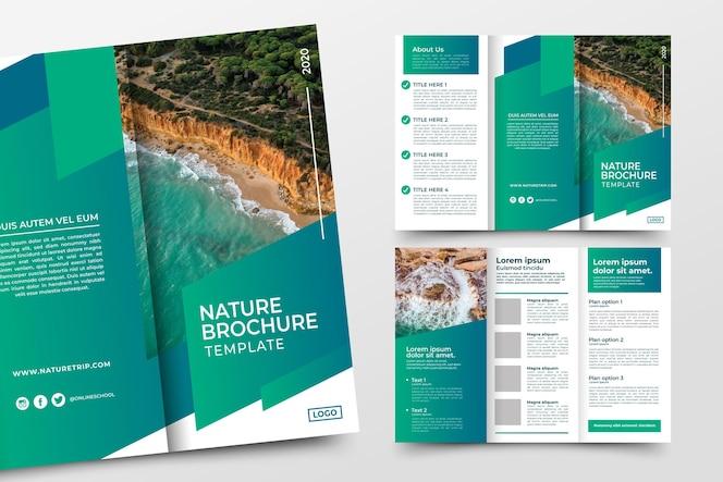 concetto di modello astratto a tre ante brochure