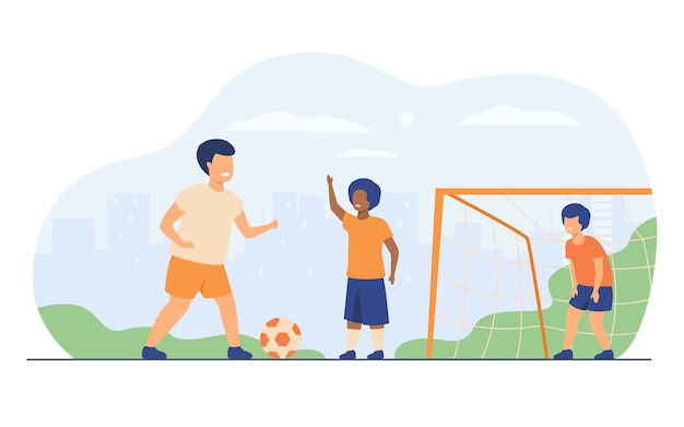야외에서 축구를 재생 활성 행복한 아이들은 평면 벡터 일러스트 레이 션을 격리합니다. 만화 소년 축구, 실행 및 운동장에서 공을 차. 여름 방학 및 스포츠 게임
