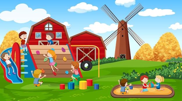 Bambini attivi che giocano in una scena all'aperto