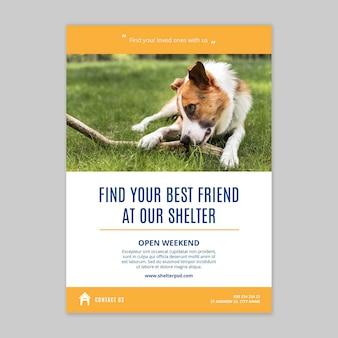 Adotta un modello di poster verticale per animali domestici