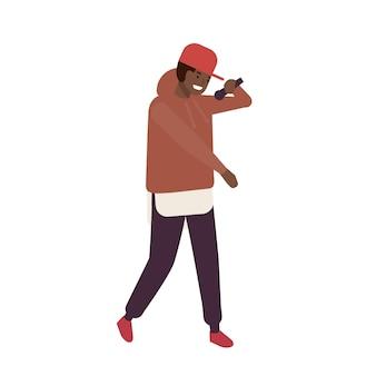 무대에서 공연하는 모자를 쓴 아프리카계 미국인 r n b 보컬. 마이크가 있는 래퍼 또는 힙합 mc. 노래를 부르는 남성 만화 캐릭터. 젊은 솔리스트 또는 가수. 플랫 만화 벡터 일러스트 레이 션.