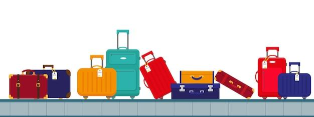 手荷物バッグ付き空港コンベヤーベルト。
